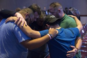 17-11-am-prayer-gathering-05