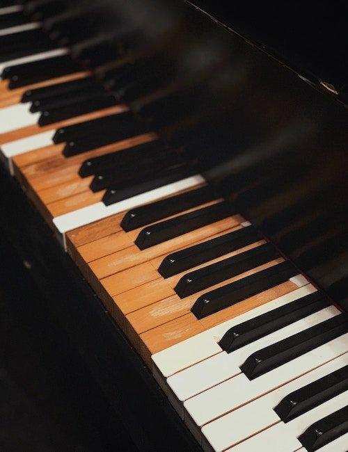 UMC Offers Hundreds of Free Piano Accompaniment Recordings