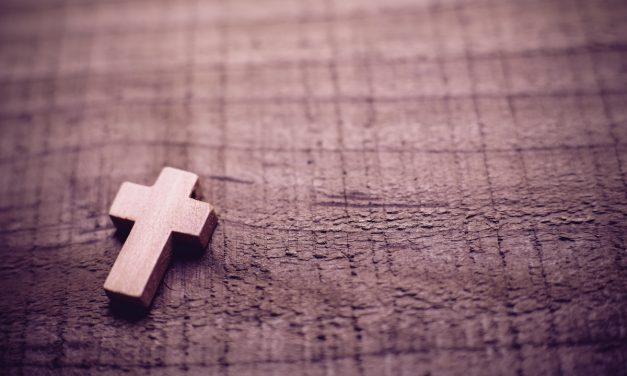 Ten Modern Worship Songs Your Church Should Be Singing This Lenten/Easter Season