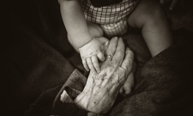 4 Tips for Cultivating an Effective Multigenerational Worship Service